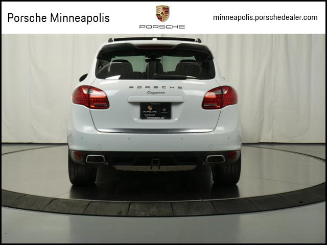 Pre-Owned 2014 Porsche Cayenne Platinum Edition